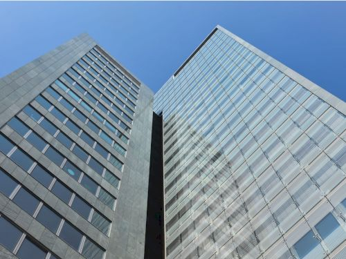 Modesta Real Estate mediates new location for DBConcepts in Ares Tower