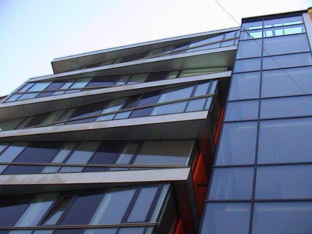 Modesta Real Estate brokers in Schönbrunner Straße